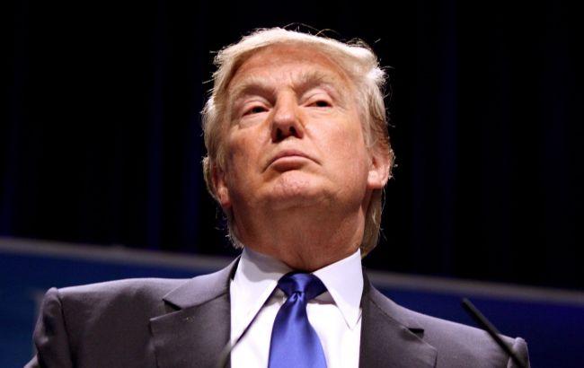 Секретарь: Трамп пока не хочет обговаривать сПутиным выдворение дипломатов