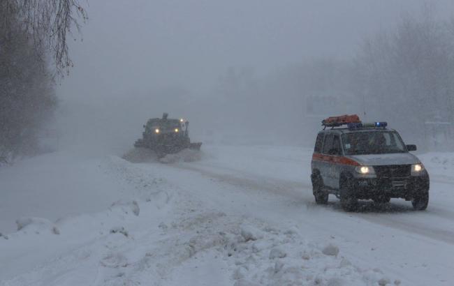 ВЖитомирской области ограничили движение фургонов — Снежный апокалипсис