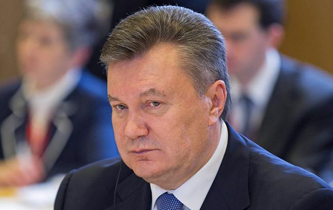 Фото: сегодня проходит допрос Виктора Януковича