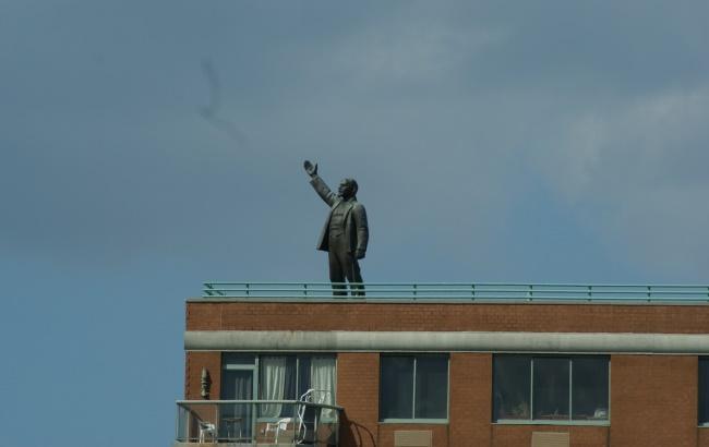 Фото: Ленина в Нью-Йорке больше нет (flickr.com)