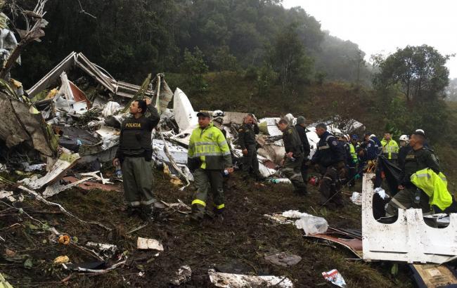 "Фото: Катастрофа літака з командою ""Шапекоэнсе"" (112.ua)"
