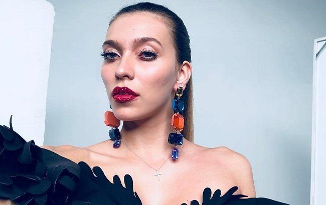 Регина Тодоренко в стильном образе (фото: instagram.com/reginatodorenko)