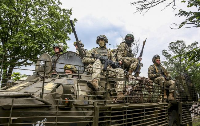 На Донбасі за добу загинули двоє військових, ще двоє поранені, - ООС
