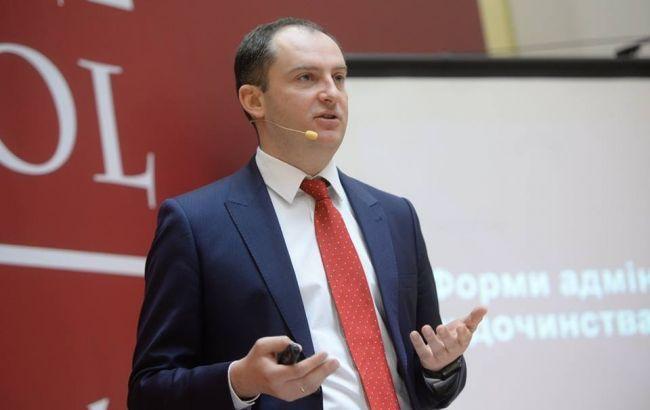 СБУ проводит обыски у главы налоговой Верланова
