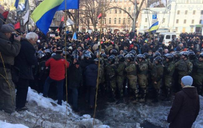 Столкновения в Киеве: в полиции рассказали свою версию событий