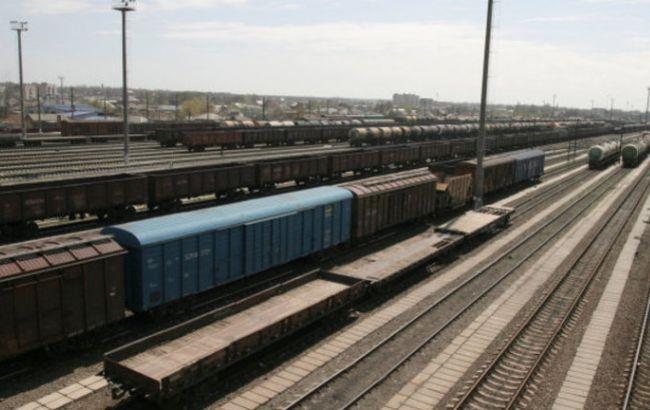 Фото: вагони з українськими товарами перенаправили в обхід РФ
