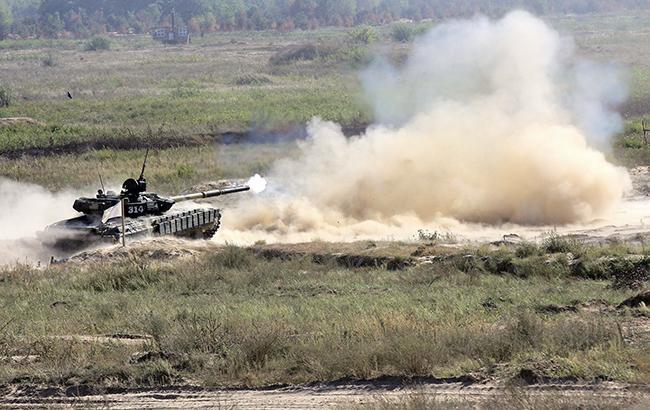 С начала суток в зоне АТО было зафиксировано 32 обстрела позиций украинских военных, - штаб