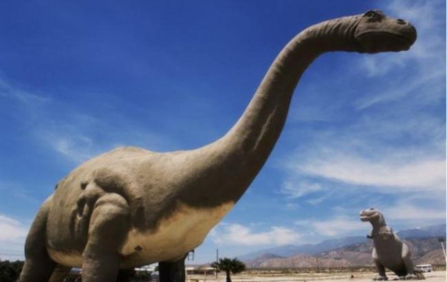 Фото: Гигантские динозавры (Letnews.ru)
