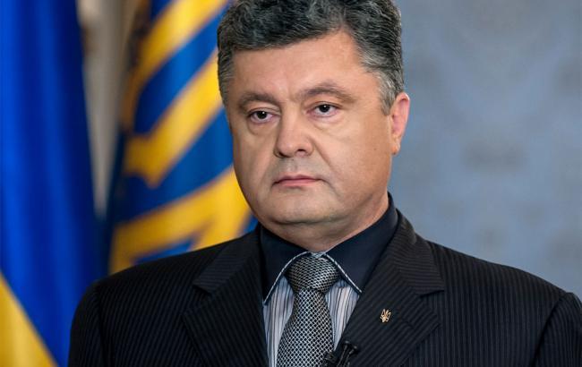Порошенко обговорив з главою МЗС Литви ситуацію на Донбасі та продовження санкцій проти Росії