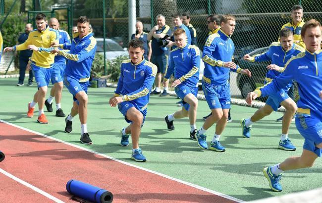Фото: тренировка игроков сборной Украины (facebook.com/UaNationalFootball)