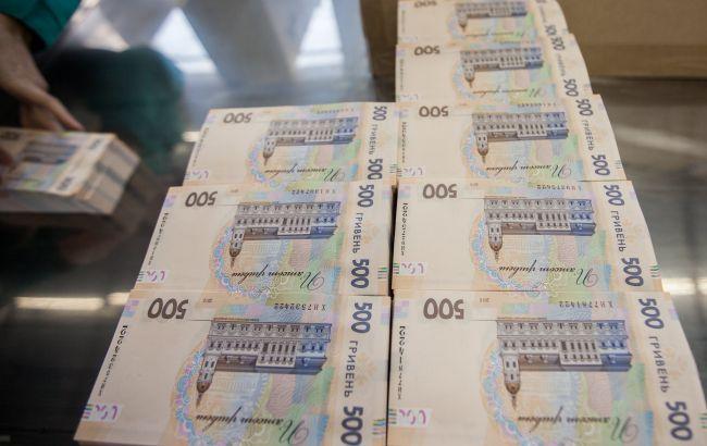 Банки сохранили ставки по кредитам для населения выше 35%