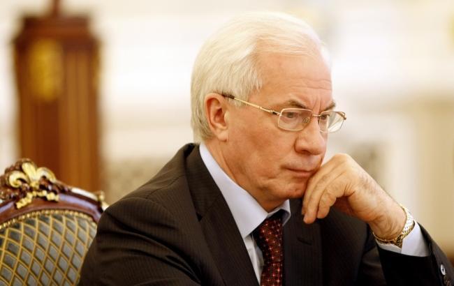 Суд спростував інформацію про відновлення виплати пенсії Азарову
