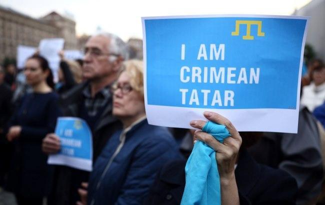 Підозрюються у тероризмі: З'явилося відео затримання кримських татар окупантами в Криму