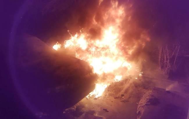 У Чернівцях спалили автомобіль активіста-антикорупціонера