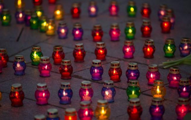 Фото: Свечи памяти (РБК-Украина)