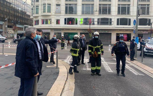 Ситуація в Ніцці: кількість жертв зросла, голова МВС збирає екстрену нараду