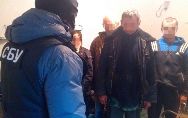 Фото: у Вінницькій області викрили рабовласників