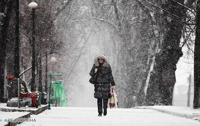 В Киеве сегодня ожидается снег и гололедица на дорогах