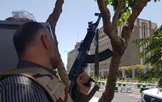 Спецслужбы Ирана задержали 41 подозреваемого в причастности к нападениям в Тегеране