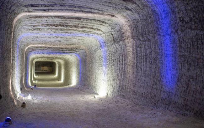 """""""Артемсоль"""" открывает уникальный туристический маршрут в соляные шахты"""