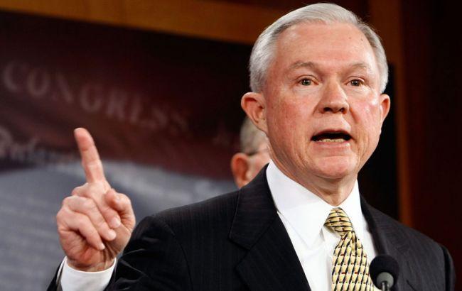Глава Минюста США потребовал отставки 46 назначенных Обамой прокуроров