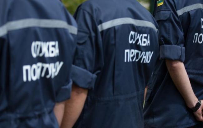 Фото: в Оболонском районе Киева прорвало теплосеть