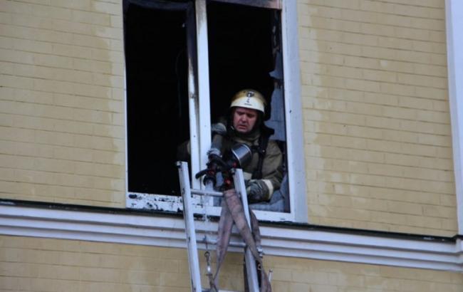 """Через пожежу в """"Охматдиті"""" евакуйовано 55 дітей"""