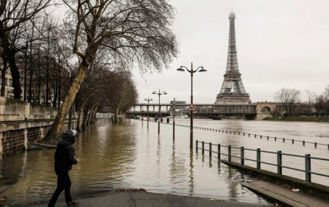 Фото: повінь у Парижі (wikimedia.org)