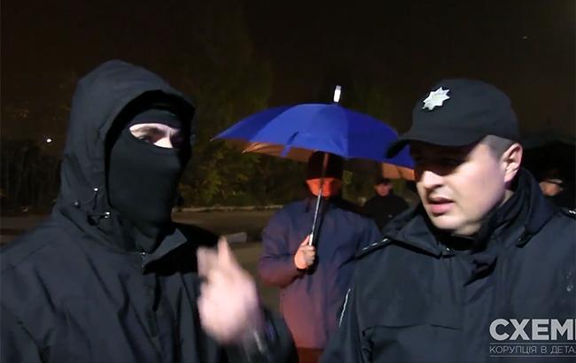 """Фото: нападение на журналистов """"Схем"""" (www.facebook.com/corruption.schemes/скриншот)"""