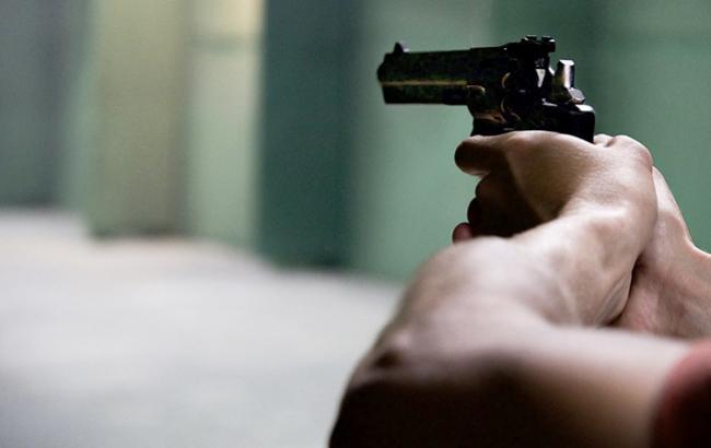 Львів'янин влаштував стрілянину з вікна багатоповерхівки