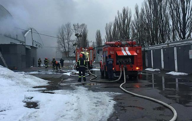 Фото: пожарные (ГУ ГСЧС Украины в г. Киеве)