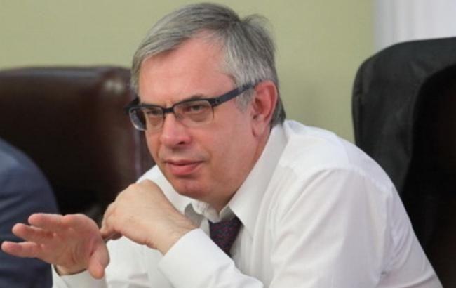 Порошенко звільнив голову Нацради з телерадіомовлення