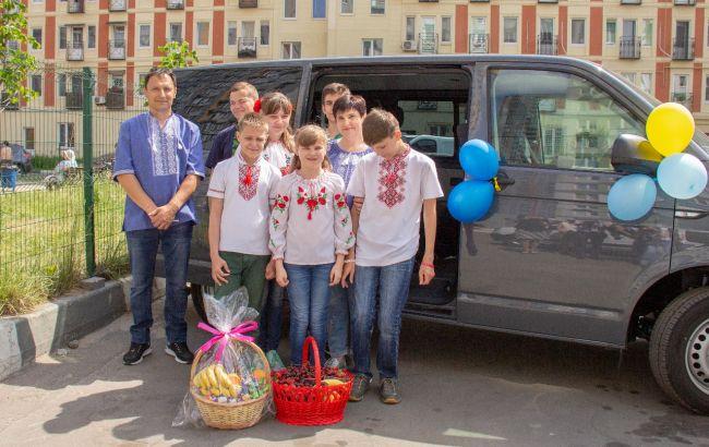 Голова фонду Третьякова Муха розповіла про допомогу дитячим будинкам