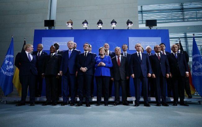 У Берліні домовилися підтримувати ембарго на постачання зброї до Лівії