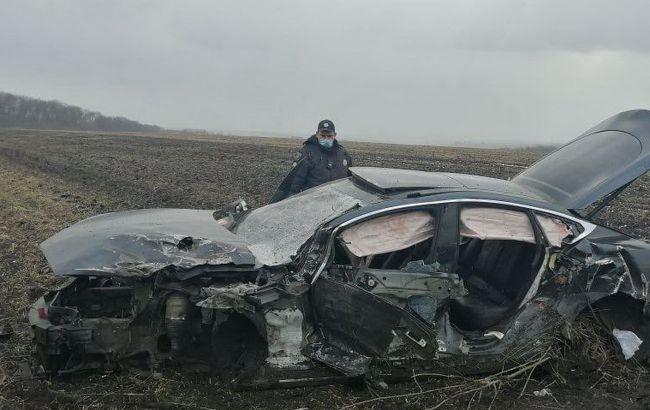 Під Харковом в ДТП з Tesla постраждали шестеро осіб
