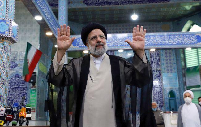 На президентських виборах в Ірані переміг відомий своєю жорстокістю суддя