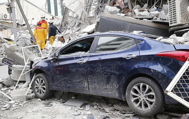 Число жертв землетрусу на Тайвані досягло 23, під завалами ще 120 чоловік