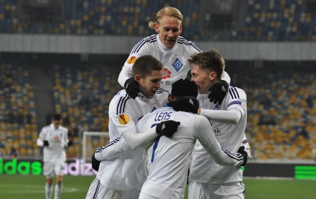 Фото: Динамо - Бенфика прогноз букмекеров