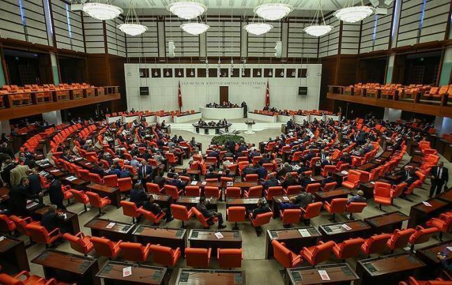 Турции продлили чрезвычайное положение