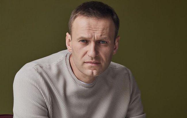 """Навального отруїли бойовою отрутою класу """"Новічок"""""""