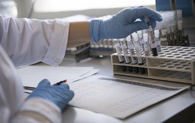 Тест на коронавирус должны делать бесплатно всем: в Минздраве дали разъяснение