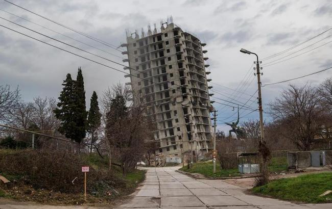 """Фото: """"Пізанська вежа"""" Севастополя (news.sevas.com)"""