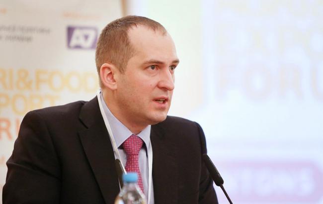 """Павленко рассчитывает, что обыски в """"Укрспирте"""" остановят производство контрафактного спирта"""