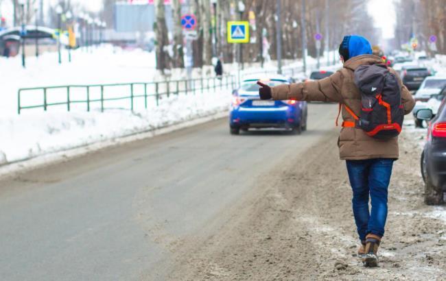 Фото: Студент з Придністров'я пішки прийшов до Маріуполь