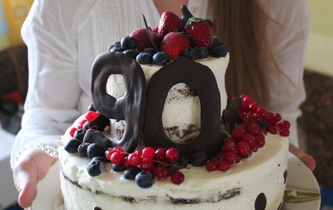 Фото: Святковий торт