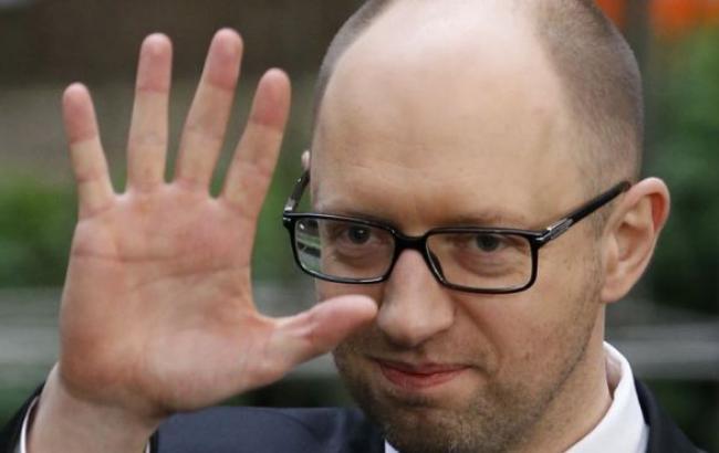 Яценюк собирается сформировать коалицию с Порошенко