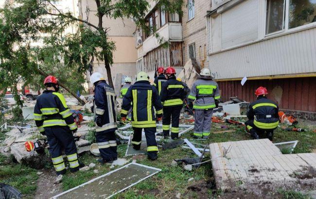 Взрыв многоэтажки в Киеве: жители дома назвали виновников трагедии