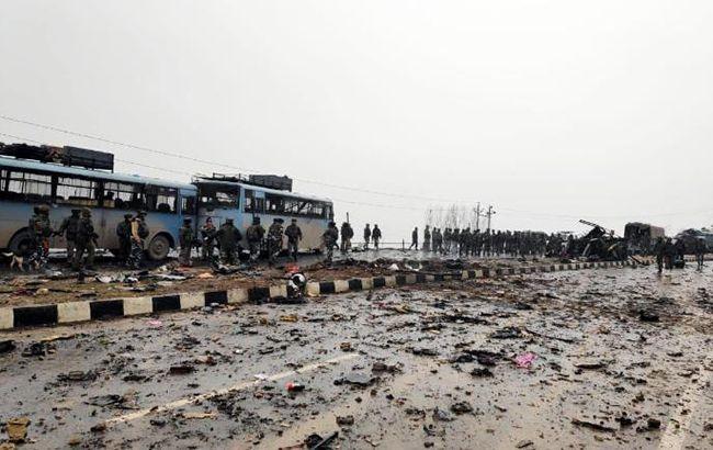 В Индии террористы атаковали автоколонну военнослужащих