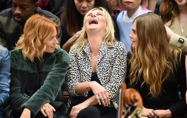 """Показ Burberry Prorsum на Лондонской неделе моды побил рекорды """"звездности"""""""