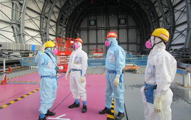Фото: працівники TEPCO на АЕС Fukushima Daiichi (twitter.com/TEPCO_English)